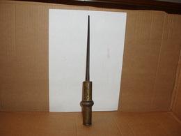 Poinçon Poigrard Artisanat De Tranchée 14-18 - Armi Da Collezione