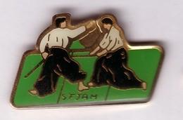 A126 Pin's JUDO SFJAM Accessoires Arts Martiaux à Cergy Val-d'Oise Achat Immédiat - Judo