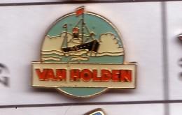 X29 Pin's Bateau Voilier VAN HOLDEN Achat Immédiat - Boats