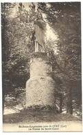 Saint Jean Lagineste Près St Céré La Statue Du Sacré-Coeur - France