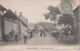 CPA Flixecourt - Rue Gambetta (très Belle Animation) - Flixecourt