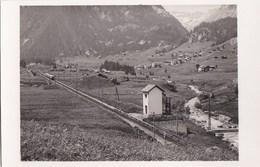 74 VALLORCINE PHOTO Passage Du TRAIN  Ligne Electrique TMB TRAIN Du MONT BLANC Joli Paysage - Francia