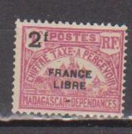 MADAGASCAR         N°  YVERT  :  TAXE   26          NEUF AVEC  CHARNIERES      (  CH  02/23 ) - Madagascar (1889-1960)