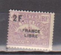MADAGASCAR         N°  YVERT  :  TAXE   30          NEUF AVEC  CHARNIERES      (  CH  02/24 ) - Madagascar (1889-1960)