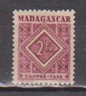 MADAGASCAR         N°  YVERT  :  TAXE   35         NEUF AVEC  CHARNIERES      (  CH  02/24 ) - Madagascar (1889-1960)