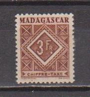 MADAGASCAR         N°  YVERT  :  TAXE   36        NEUF AVEC  CHARNIERES      (  CH  02/24 ) - Madagascar (1889-1960)