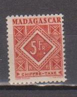 MADAGASCAR         N°  YVERT  :  TAXE   38        NEUF AVEC  CHARNIERES      (  CH  02/24 ) - Madagascar (1889-1960)