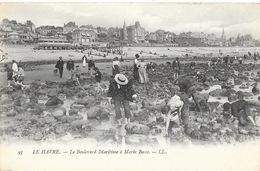Le Havre - Le Boulevard Maritime à Marée Basse, Pêche Aux Coquillages - Carte LL N° 93 Non Circulée - Hotels & Restaurants