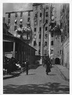Photo Ancienne Circa 1931 Corse Une Rue Animée D'Ajaccio  à Identifier - Lieux