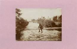 LA BOURBOULE - Le Passage De La Dordogne (photo Avant 1900 Format 8,3 Cm X 5,8cm ) - Lieux