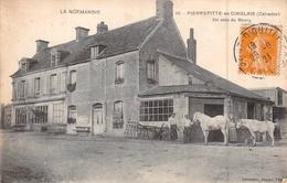 C P A  14 Calvados Pierrefitte En Cinglais Un Coin Du Bourg Les Chevaux Le Maréchal Ferrant Forgeron - France