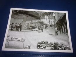 CPSM CPM   MONTMORILLON  Marche Livre Anciens - Montmorillon