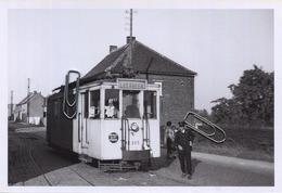 HERFELINGEN : TRAM : Ligne Enghien - Leerbeek    ** Foto Van Oude Cliché (15 X 10 Cm) Photo Vieux Cliché 1956 - Lugares