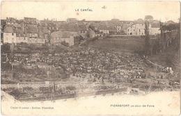 Dépt 15 - PIERREFORT - Un Jour De Foire - (Cliché Oradour - Delrieu Pierrefort) - Foire Aux Bestiaux - Sonstige Gemeinden
