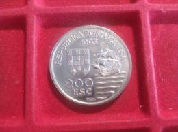 PORTOGALLO 200 ESCUDOS 1993 - Portogallo