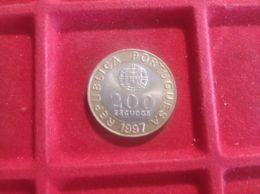 PORTOGALLO 200 ESCUDOS 1997 - Portogallo