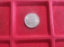 PORTOGALLO 2 1/2 Escudos 1984 - Portogallo