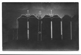 54 HOMECOURT. Décoration Des Hauts-Fourneaux De Nuit 1912. Carte Photo Nésen - Homecourt