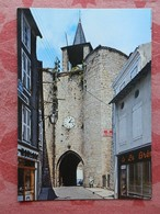Dep 79 , Cpm  PARTHENAY , La Tour De L'Horloge (ancienne Entrée De La Citadelle) XIII° Siècle  (16.329) - Parthenay
