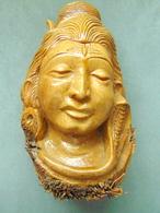 Buste De Femme En Bois De Palmier - Art Asiatique