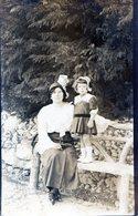 PHOTO ORIGINAL FOTOGRAFIA DE UNA MUJER CON UNA NIÑA LITTLE GIRL VINTAGE SIZE 9X14 CM CIRCA 1940 - NTVG. - Persone Anonimi