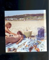 Photo Femme Nue Nu Nude Woman Naturisme FKK 9 X 9 Cm Le Cap D'Agde Lesbienne Lesnian - Fine Nude Art (1941-1960)