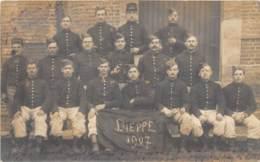 SEINE MARITIME  76  DIEPPE - MILITARIA - GROUPE DE MILITAIRES - CARTE PHOTO 1907 - Dieppe