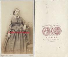 CDV Peu Courant Photographe RICHARD à Périgueux-mode Second Empire-femme Simple - Anciennes (Av. 1900)