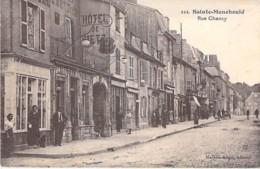 51 - SAINTE MENEHOULD : Rue Chanzy ( Hotel De Metz / Librairie Religieuse ) CPA Village (4.120 Habitants) Marne - Sainte-Menehould