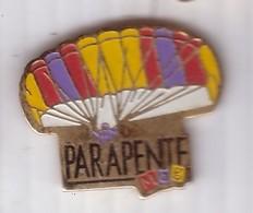 E02 Pin's PARAPENTE MAT Parachute Parachutisme Achat Immédiat - Paracaidismo