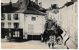 Saône Et Loire MARCIGNY Rue De L'Hôtel De Ville  (défilé) - Autres Communes