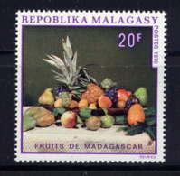 MDG  - 476** - FRUITS DE MADAGASCAR - Madagascar (1960-...)