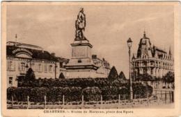 6BX 121. CHARTRES - STATUE DE MARCEAU - PLACE DES EPARS - Chartres