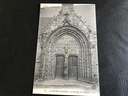 86 - LA ROCHE MAURICE Le Porche De L'Eglise - La Roche-Maurice