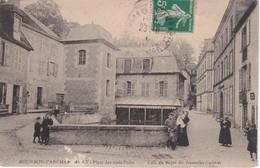 FRANCE 1911    CARTE POSTALE  DE BOURBON-L'ARCHAMBAULT  PLACE DES TROIS PUITS - Bourbon L'Archambault
