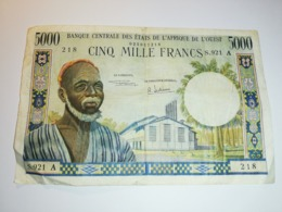 BILLET DE 5000 FRANCS BANQUE CENTRALE DES ETATS DE L'AFRIQUE DE L'OUEST TRES RARE !! - West African States