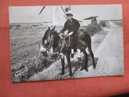 Maraichins Riding A Donkey  Ref 3837 - Europe