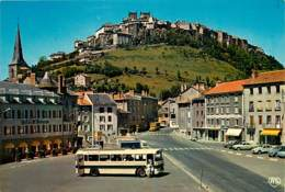 Automobiles - Voitures De Tourisme - Saint Flour - La Butte De La Vieille Ville - Bus - Autocar - Carte Neuve - Voir Sca - PKW
