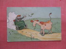 Cow & Auto ------------   Ref 3837 - Humour