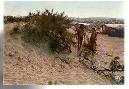 REF 454 : CPSM 34 Cap D'agde Plage Du Centre Helio Marin Nudisme Jeune Femme Nue - Agde