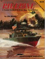 PICTORIAL HISTORY BROWN WATER WAR IN VIETNAM GUERRE FLUVIALE MARINE - English