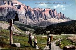 Cp Dolomiten Südtirol, Am Sellajoch, Alpenpanorama, Straße, Kreuz Jesu, Betende Gläubige - Italien