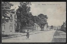 CPA 28 - Toury, Rue Nationale Côté Sud - Autres Communes