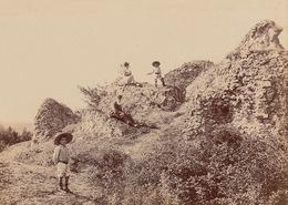 Aout 1906 Bourg Le Roi Famille Bousselet La Rochelle - Places