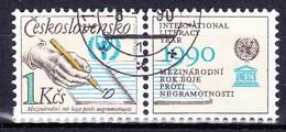 Tchécoslovaquie 1990 Mi 3029 Zf (Yv 2830 Avec Vignette ), Obliteré - Tsjechoslowakije