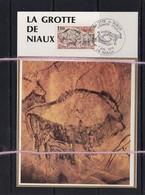 20/01 France  Prehistoire Grotte De Niaux  Illustration Sur Soie - Préhistoire