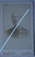 Photo ABL Officier Armée Belge Circa 1875 Photographe  VAN CREWEL Jeune Antwerpen Uniforme Médaille - Fotos