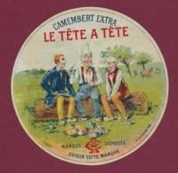 160120A - ETIQUETTE DE FROMAGE - CAMEMBERT EXTRA Le Tête à Tête - Pique Nique Sabot Vache Scène Champêtre - Käse