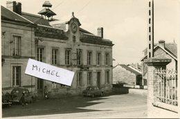 Ardennes.VANDY. 1962. Le Bureau Des Postes, Mairie-école - Fotos