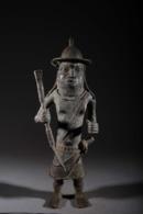 Art Africain Guerrier En Bronze Du Royaume D'Ifé - African Art